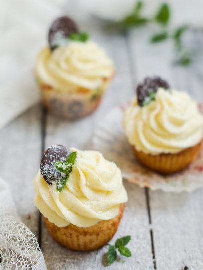 [video] Za Maju: Cupcakes od kokosa i limete