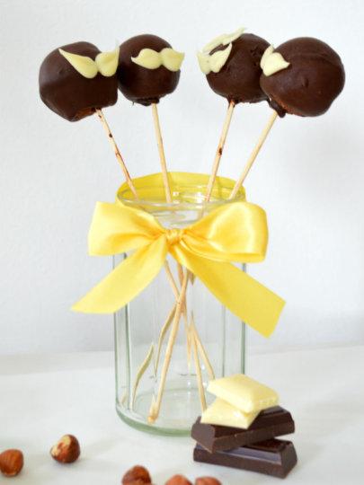 Stričeki – Cake pops od čokolade i lješnjaka