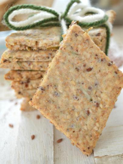 Integralni krekeri sa sezamom, lanom i ružmarinom