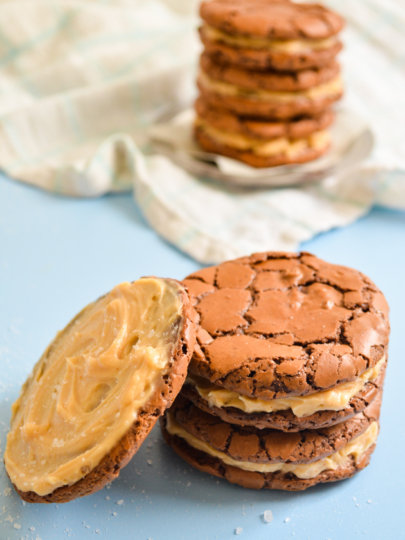 Čokoladni keksi sa slanim karamelom by Donna Hay