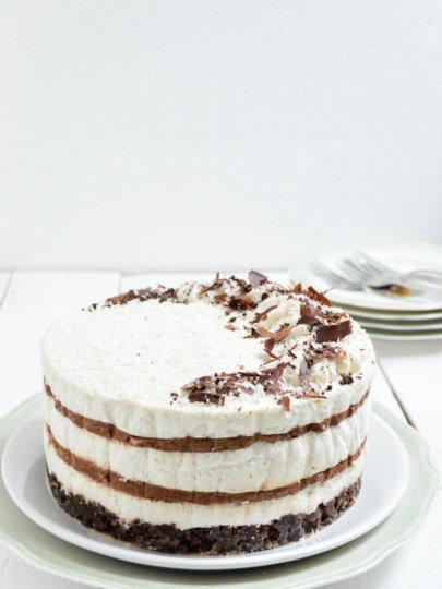 Kokos čoko mousse torta bez pečenja