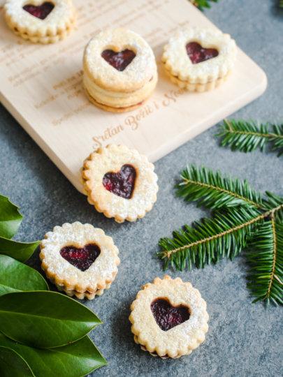 Linzeri – omiljeni božićni keksići