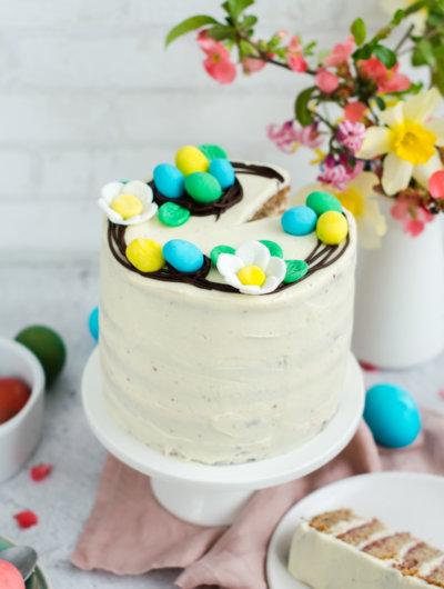 [video] uskrsna torta s orasima, malinama i bijelom čokoladom