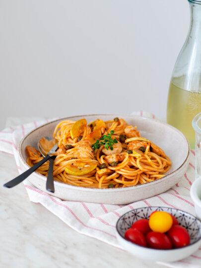 Špageti s lososom i tikvicama