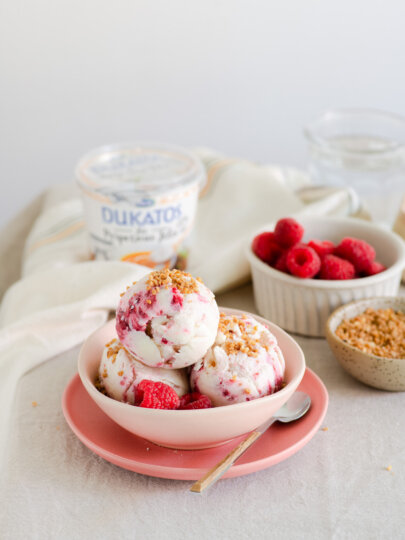 Sladoled od jogurta s malinama